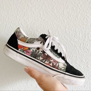 VANS || Old Skool Floral Tropical Sneakers